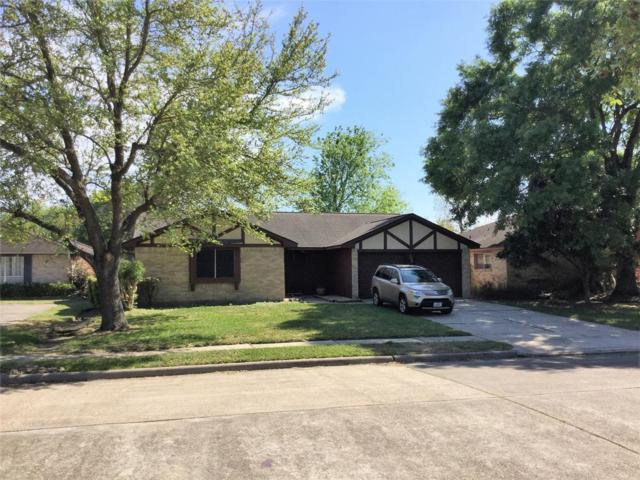 2825 Woodhall Court, League City, TX 77573 (MLS #43095181) :: Texas Home Shop Realty