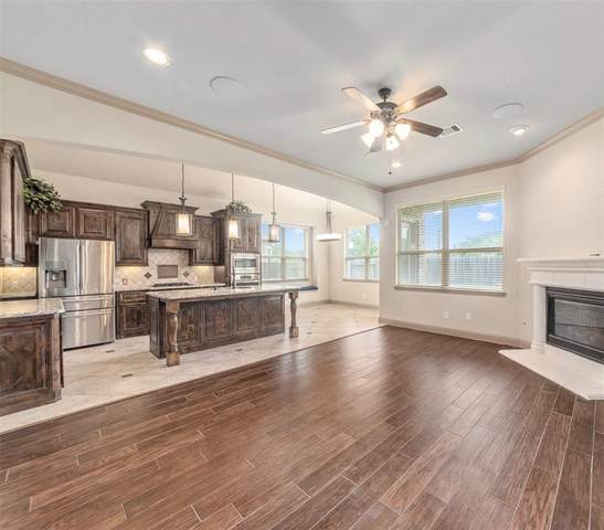 1323 Graham Trace Lane, League City, TX 77573 (MLS #43096093) :: The Bly Team