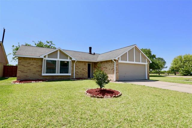 9930 Parkway Drive, La Porte, TX 77571 (MLS #43140983) :: Christy Buck Team