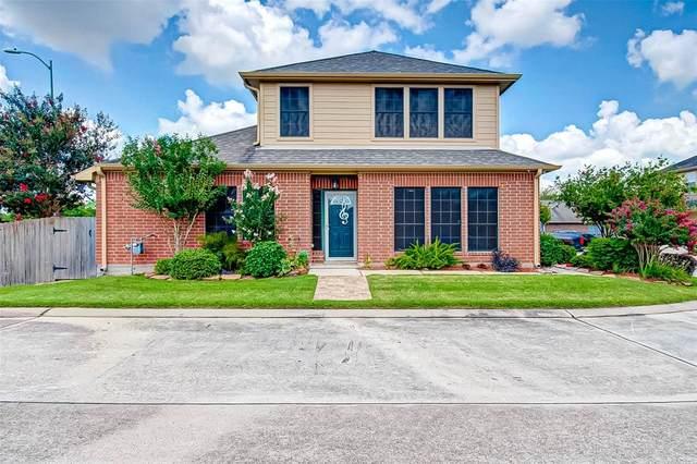 1734 Village Townhome Drive, Pasadena, TX 77504 (MLS #43219169) :: Texas Home Shop Realty