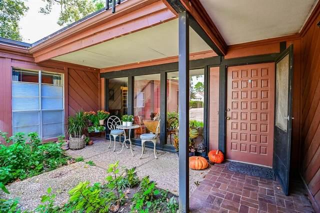 8327 Hunters Creek Drive, Houston, TX 77024 (MLS #43249473) :: Green Residential