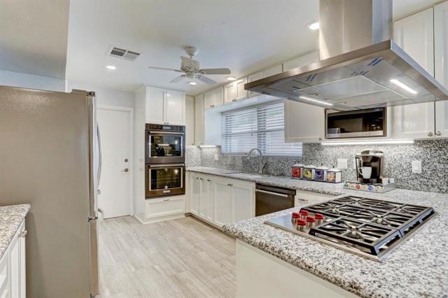 9118 Kapri Lane, Houston, TX 77025 (MLS #43282853) :: Fairwater Westmont Real Estate