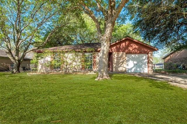 424 Fisher Street, West Columbia, TX 77486 (MLS #43300488) :: The Sansone Group
