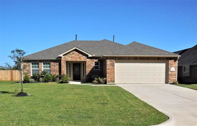 437 Twin Lakes Boulevard W, West Columbia, TX 77486 (MLS #43383028) :: The Heyl Group at Keller Williams