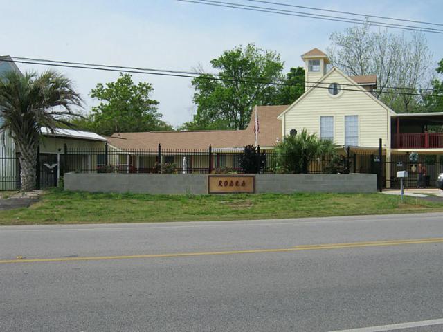 4700 W Bayshore Drive, Bacliff, TX 77518 (MLS #43447953) :: The Heyl Group at Keller Williams