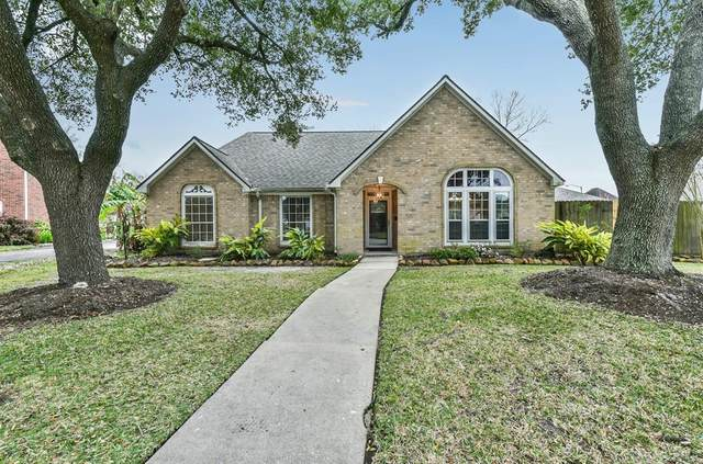 2706 Bent Tree Trail, League City, TX 77573 (MLS #43453749) :: Christy Buck Team