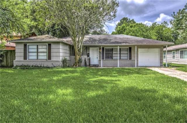 4627 Holly Street, Bellaire, TX 77401 (MLS #43474446) :: The Heyl Group at Keller Williams