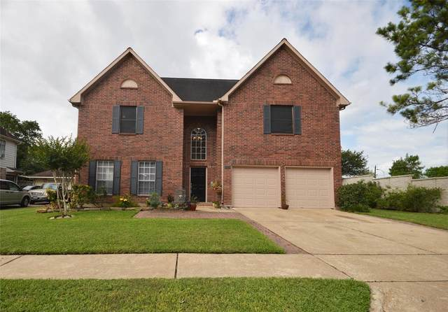 3214 London Court, Pearland, TX 77581 (MLS #43486653) :: Caskey Realty