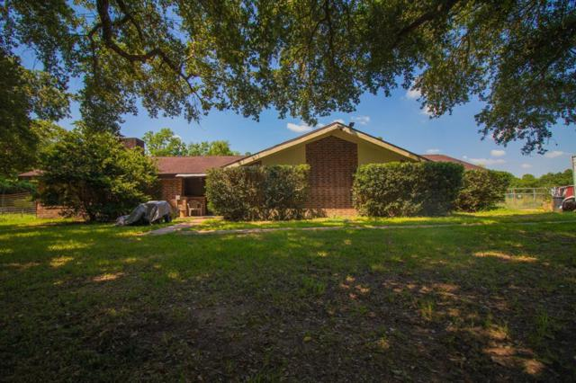 3821 County Road 960, Alvin, TX 77511 (MLS #43492003) :: NewHomePrograms.com LLC
