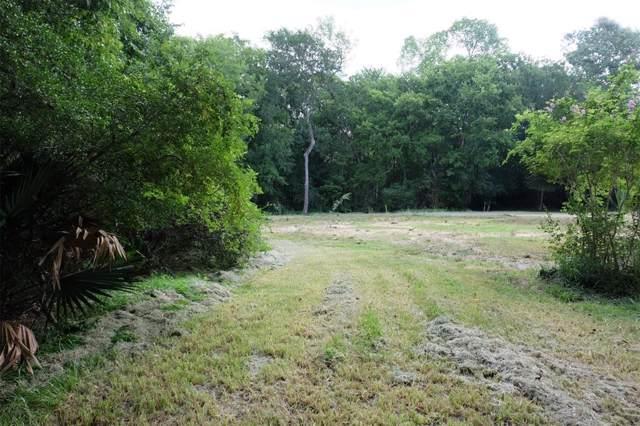 609 Oak Drive, Friendswood, TX 77546 (MLS #43493533) :: Ellison Real Estate Team