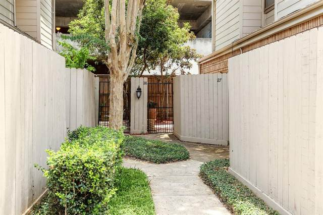 1829 Augusta Drive #28, Houston, TX 77057 (MLS #43546724) :: The SOLD by George Team