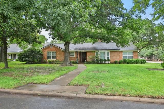 5202 Meadow Lake Lane, Houston, TX 77056 (MLS #43644866) :: The Property Guys