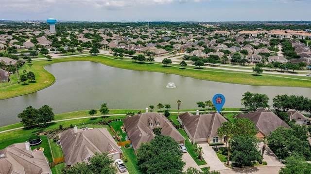 1063 Cayman Bend Lane, League City, TX 77573 (MLS #4367812) :: The Bly Team