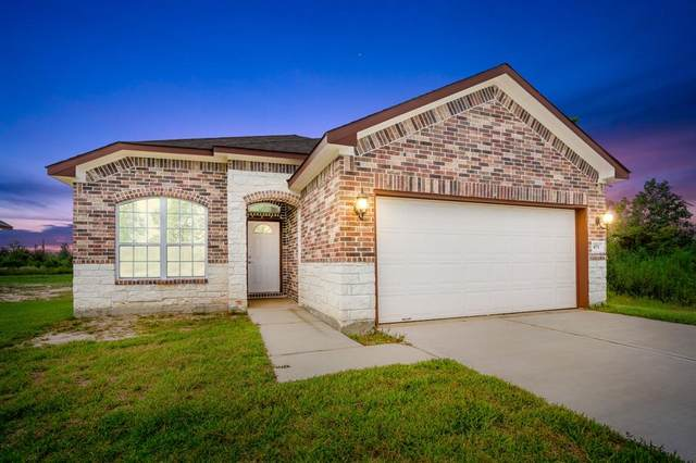 471 Road 51021, Cleveland, TX 77327 (MLS #43755521) :: The Andrea Curran Team powered by Compass