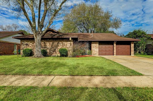 2912 Shady Creek Drive, Pearland, TX 77581 (MLS #43841769) :: The Kevin Allen Jones Home Team