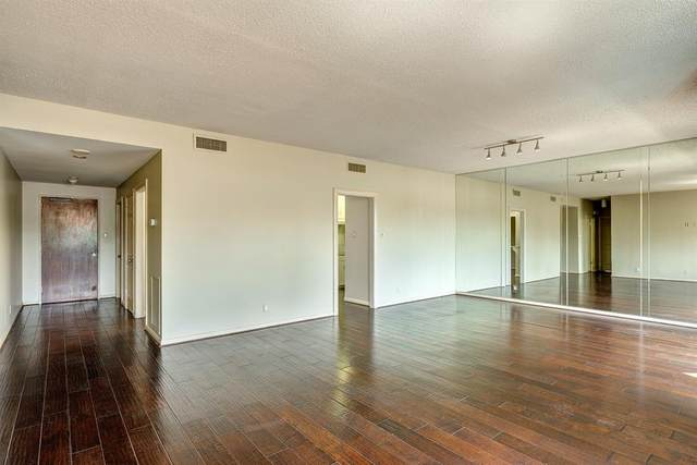 651 Bering Drive #406, Houston, TX 77057 (MLS #44090467) :: The SOLD by George Team