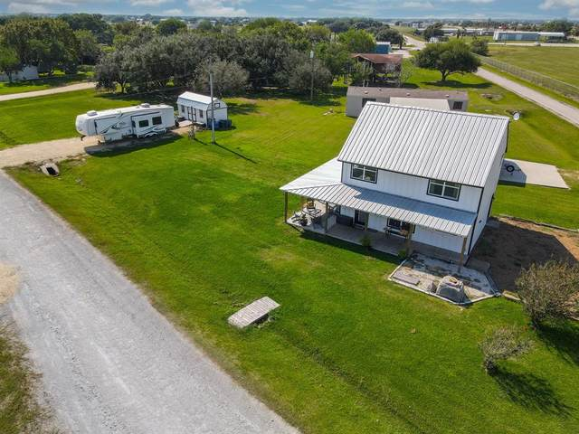 2749 W Bayshore Drive, Palacios, TX 77465 (MLS #44207596) :: The SOLD by George Team