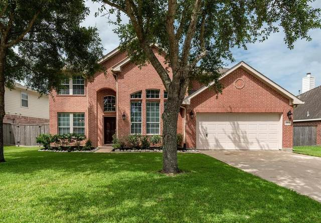 2812 Chinaberry Park Lane, League City, TX 77573 (MLS #44215395) :: NewHomePrograms.com
