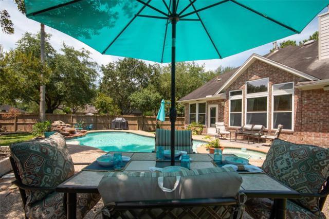 2226 Village Dale Avenue, Houston, TX 77059 (MLS #44250438) :: NewHomePrograms.com LLC