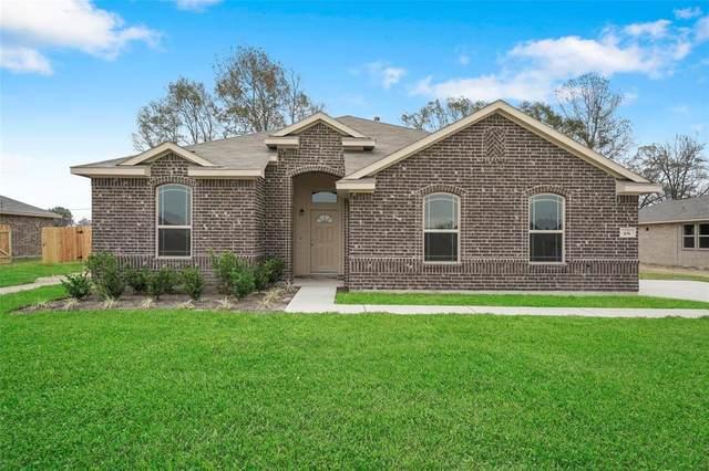20065 Wade Hampton Drive, Cleveland, TX 77327 (MLS #44350141) :: Texas Home Shop Realty