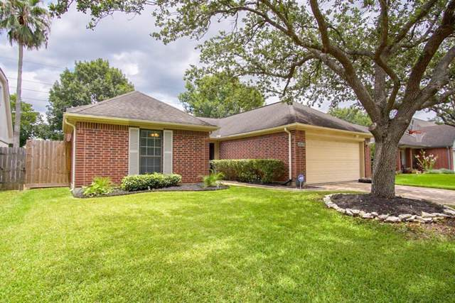 4915 Meadowglen Drive, Pearland, TX 77584 (MLS #44547653) :: JL Realty Team at Coldwell Banker, United