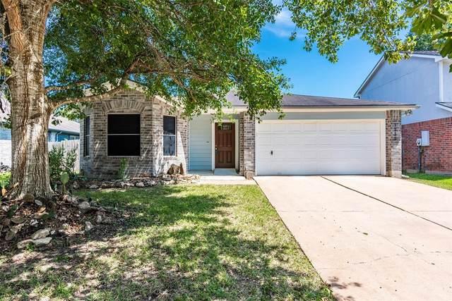 1735 Oak Ridge Drive, Kemah, TX 77565 (MLS #44568147) :: The SOLD by George Team