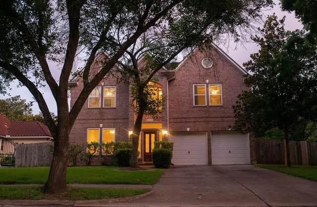 5019 Darnell Street, Houston, TX 77096 (#44693579) :: ORO Realty