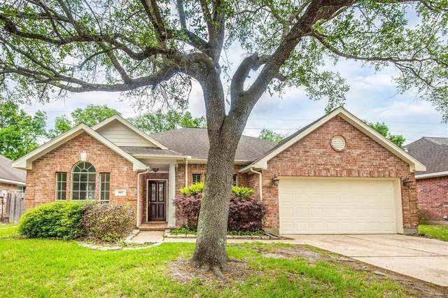 903 Norfolk Drive, Pearland, TX 77584 (MLS #44718670) :: The Home Branch
