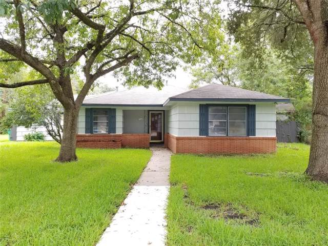 700 Richards Street, Alvin, TX 77258 (MLS #44770380) :: Connect Realty