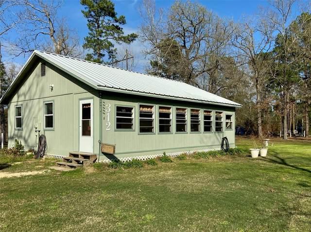 312 Nina Trail, Trinity, TX 75862 (MLS #44790424) :: The SOLD by George Team
