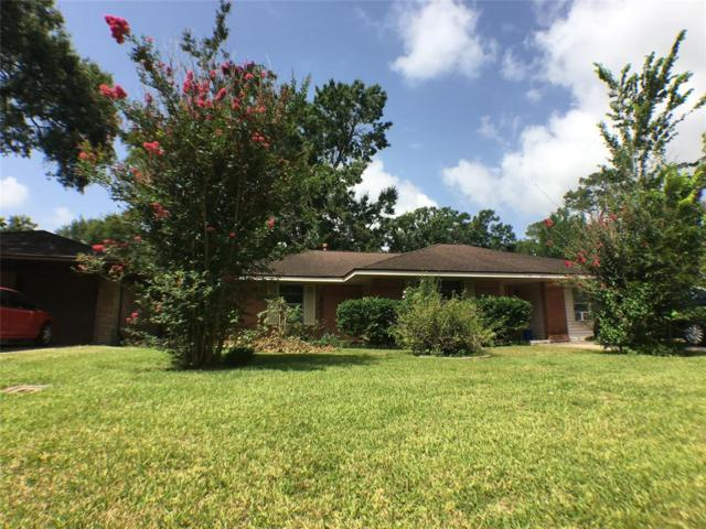 2810 Woodlawn Street, Dickinson, TX 77539 (MLS #44806919) :: The SOLD by George Team