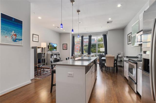 207 Pierce Street #206, Houston, TX 77002 (MLS #44885268) :: Giorgi Real Estate Group