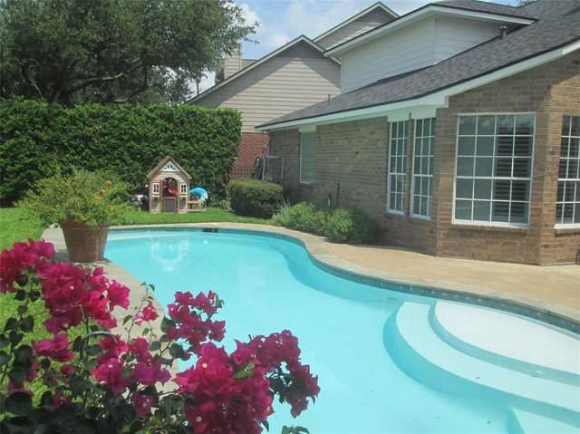 8807 Chipping Rock Drive, Sugar Land, TX 77479 (MLS #44966738) :: The Heyl Group at Keller Williams