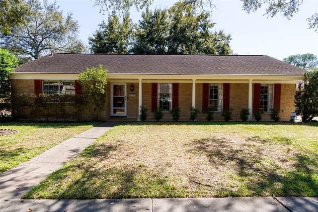 5727 Benning Drive, Houston, TX 77096 (MLS #44971092) :: Caskey Realty