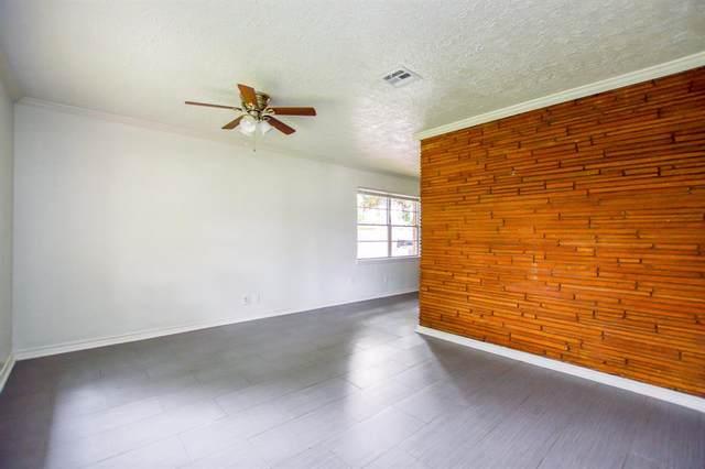 10003 Bessemer Street, Houston, TX 77034 (MLS #45026097) :: The Parodi Team at Realty Associates