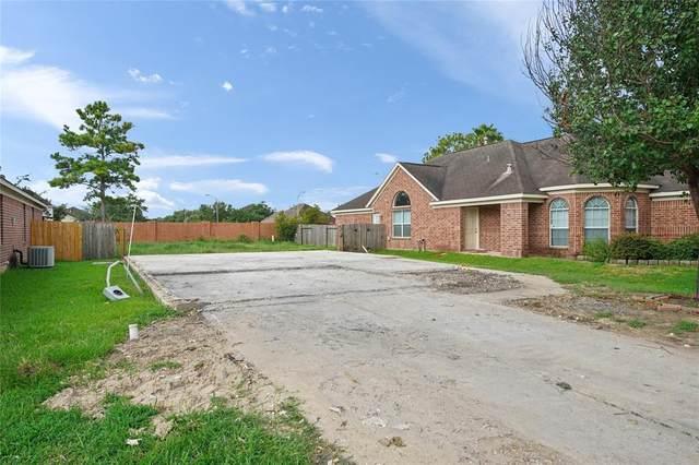 18227 Grove Brook Lane, Cypress, TX 77429 (MLS #45136407) :: My BCS Home Real Estate Group