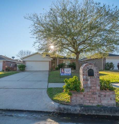 5423 Chasewood Drive, Bacliff, TX 77518 (MLS #45140186) :: The Jill Smith Team