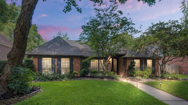 3307 Woodland View Drive, Kingwood, TX 77345 (MLS #45171825) :: The Parodi Team at Realty Associates