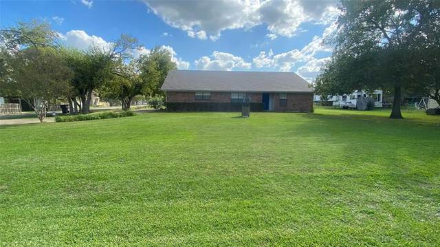 601 Rogers Street, Normangee, TX 77871 (MLS #45224661) :: The Home Branch