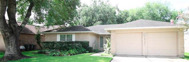 16730 Man O War Lane, Friendswood, TX 77546 (MLS #4527089) :: The SOLD by George Team