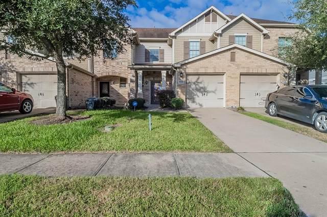 8030 Singing Sonnet Lane, Houston, TX 77072 (MLS #45356071) :: Rachel Lee Realtor
