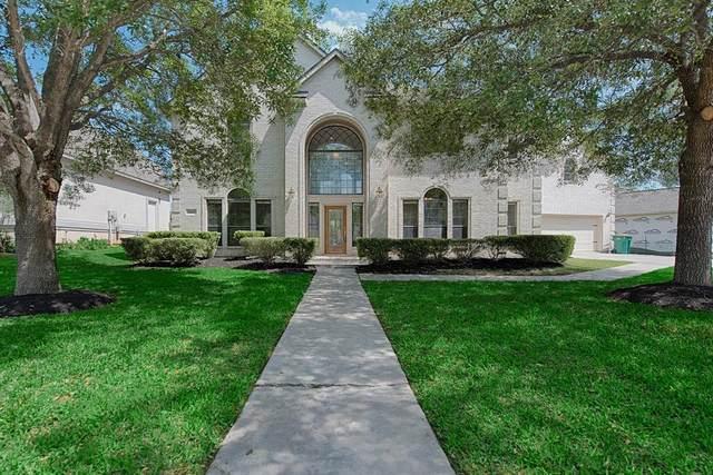 686 Edgewood Drive, Montgomery, TX 77356 (MLS #45413912) :: Guevara Backman