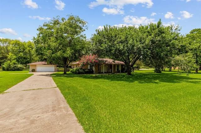 4630 Sylvia Lane, Manvel, TX 77578 (MLS #45489969) :: The Heyl Group at Keller Williams