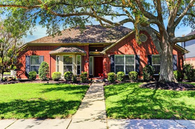 1801 La Salle Street, Friendswood, TX 77546 (MLS #45510088) :: Texas Home Shop Realty