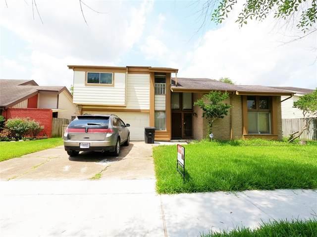12710 Braewood Glen Lane, Houston, TX 77072 (#45647590) :: ORO Realty