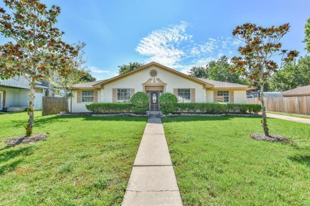 5107 Whittier Oaks Drive, Friendswood, TX 77546 (MLS #45786650) :: The SOLD by George Team