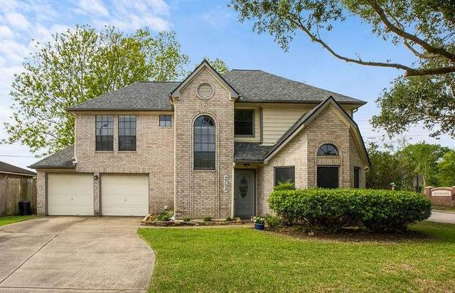 2702 S Brompton Drive, Pearland, TX 77584 (#45787686) :: ORO Realty