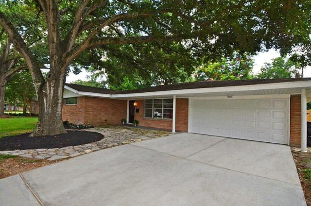 10027 Timberoak Drive, Houston, TX 77080 (MLS #45799885) :: Texas Home Shop Realty
