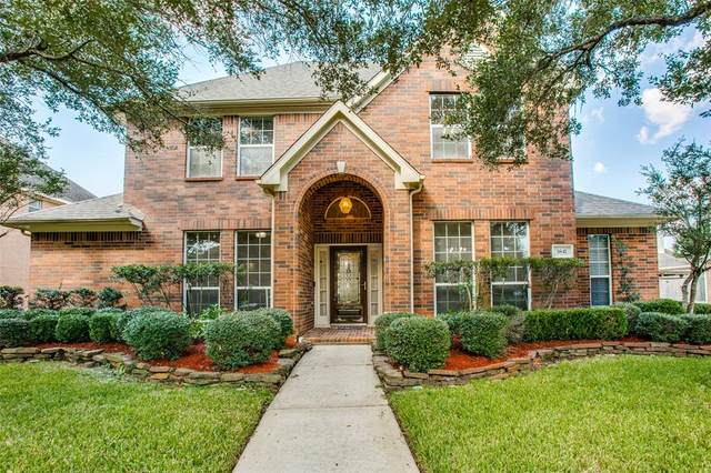 3847 Hanberry Lane, Pearland, TX 77584 (MLS #45809662) :: Rose Above Realty