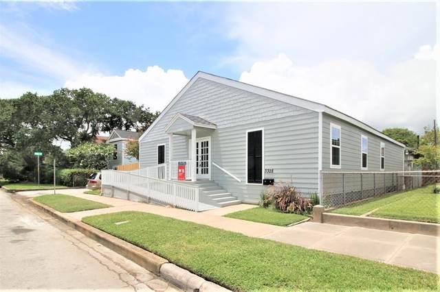 3328 Bernardo De Galvez, Galveston, TX 77550 (MLS #458120) :: The Home Branch